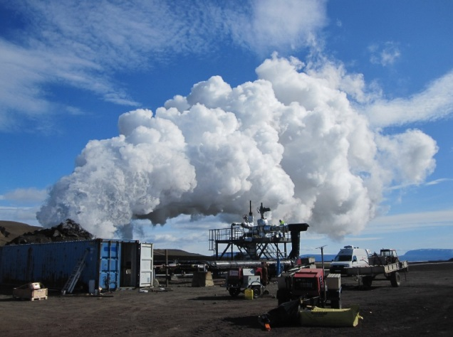 Iceland Deep Drilling Project details its successful magma-enhanced geothermal experiments. Photo: IDDP supercritical flow test, IDDP promotional/KristjánEinarsson